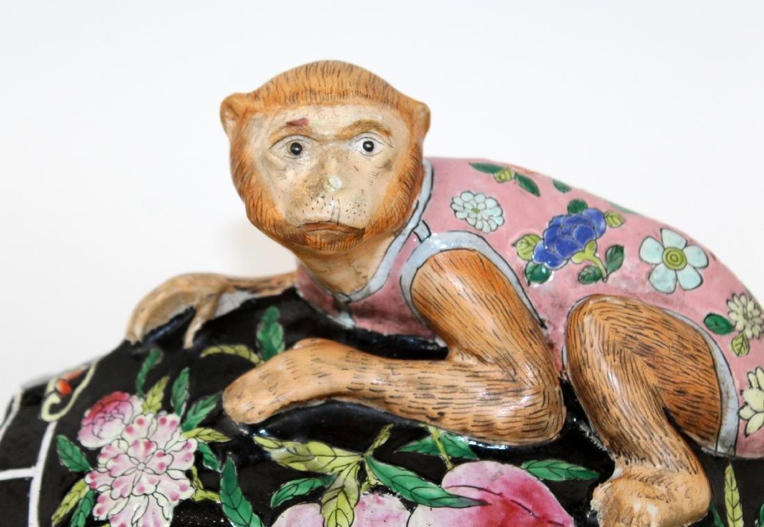 Chinese ceramic figurine monkey on turtle sculpture - 3