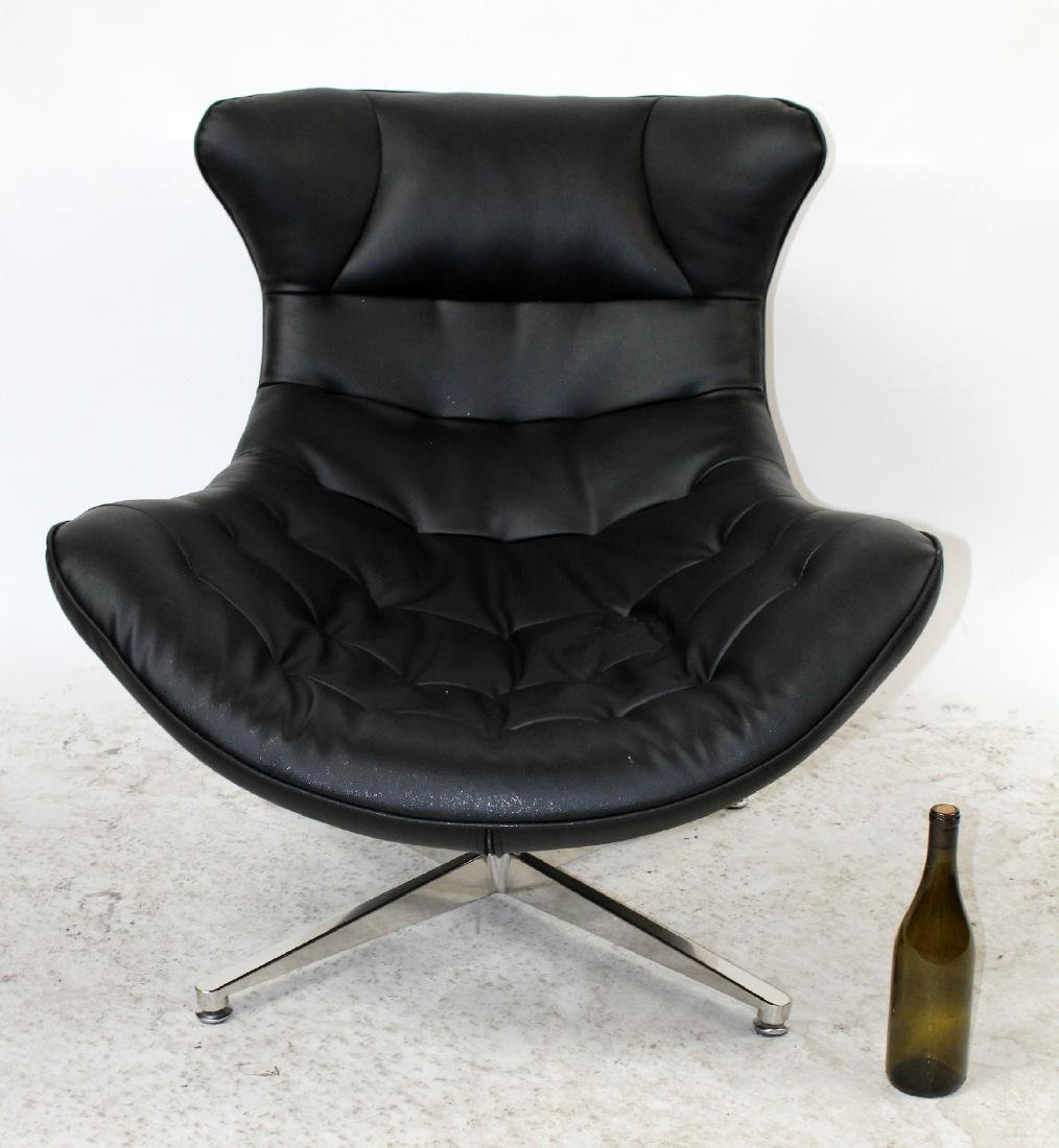 Lounge chair in the manner of Arne Jacobsen - 2