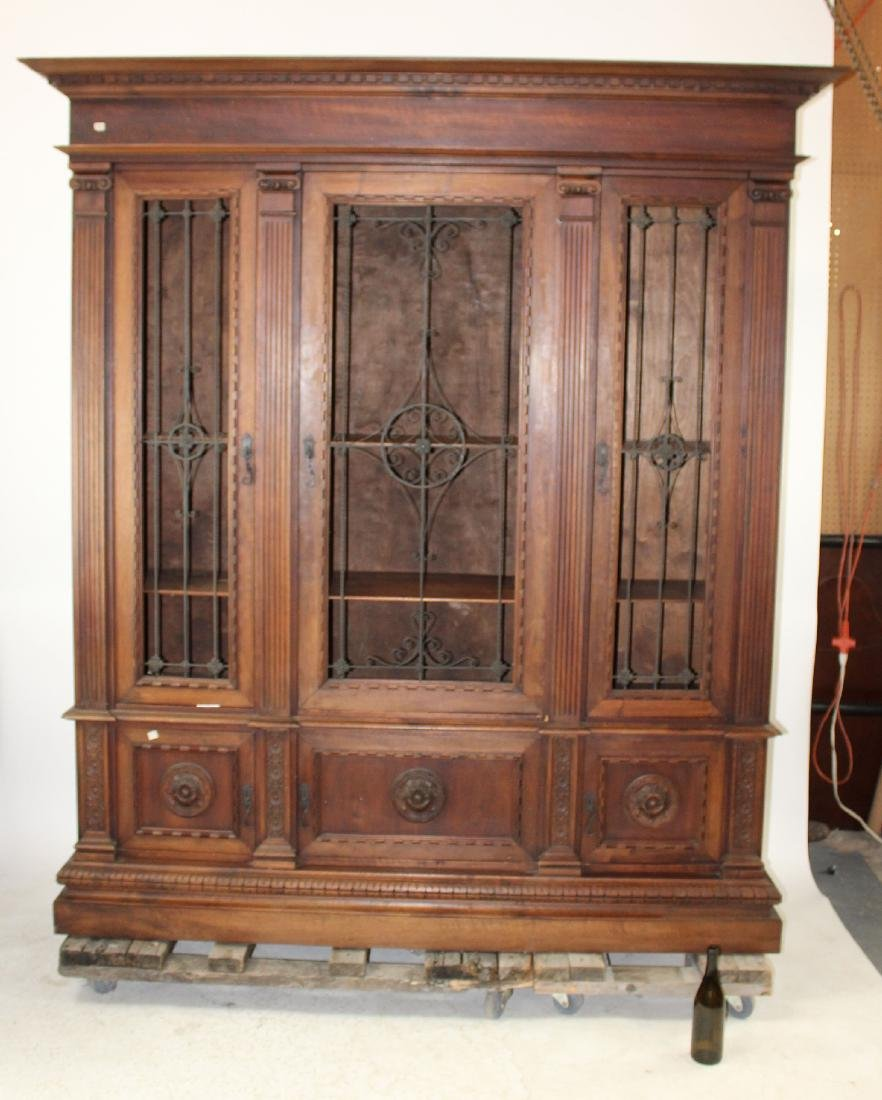 Italian Renaissance Revival bookcase - 2