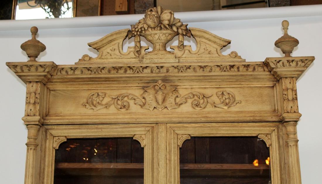 French Louis XIII buffet in carved oak - 5