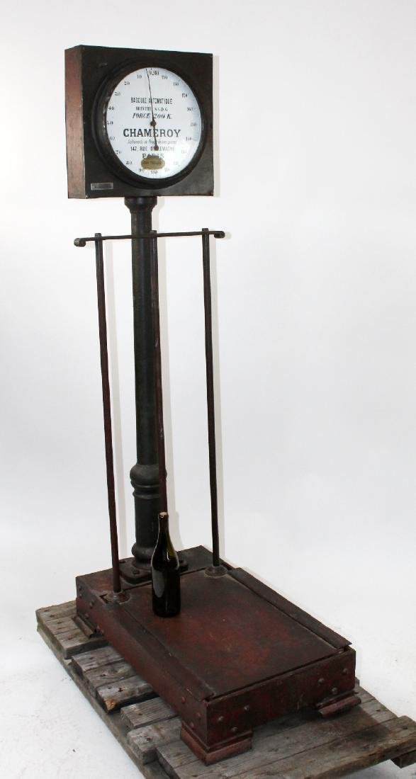 French Industrial cast iron stand up scale - 2