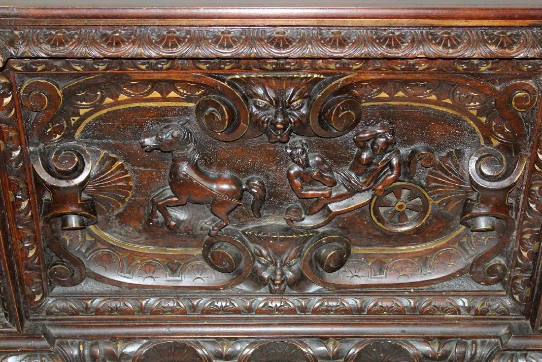 Italian Heavily carved walnut trunk - 3