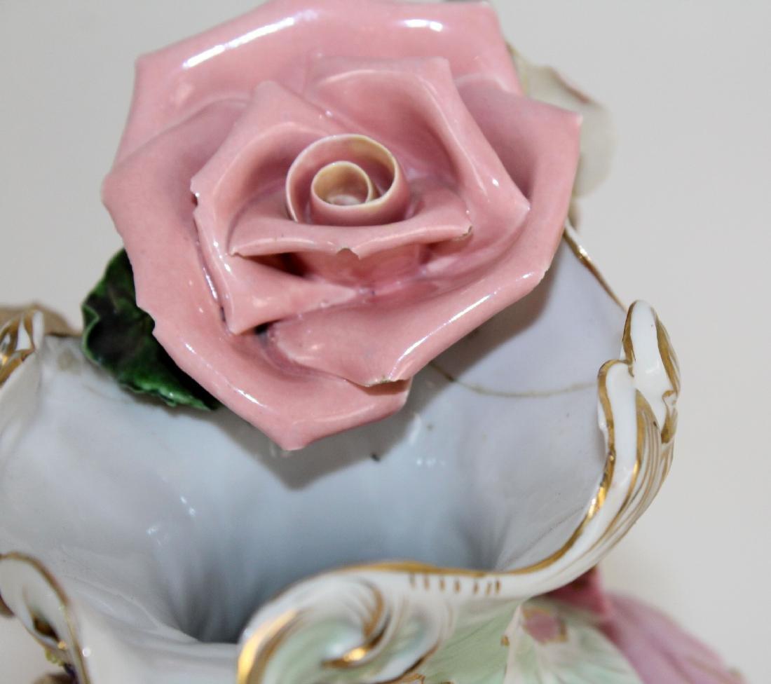 Italian porcelain vase with cherubs - 7