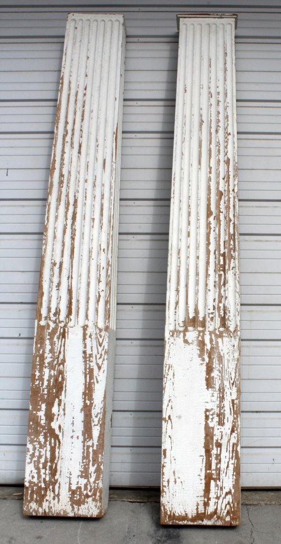 Pair of painted fluted pilasters - 2