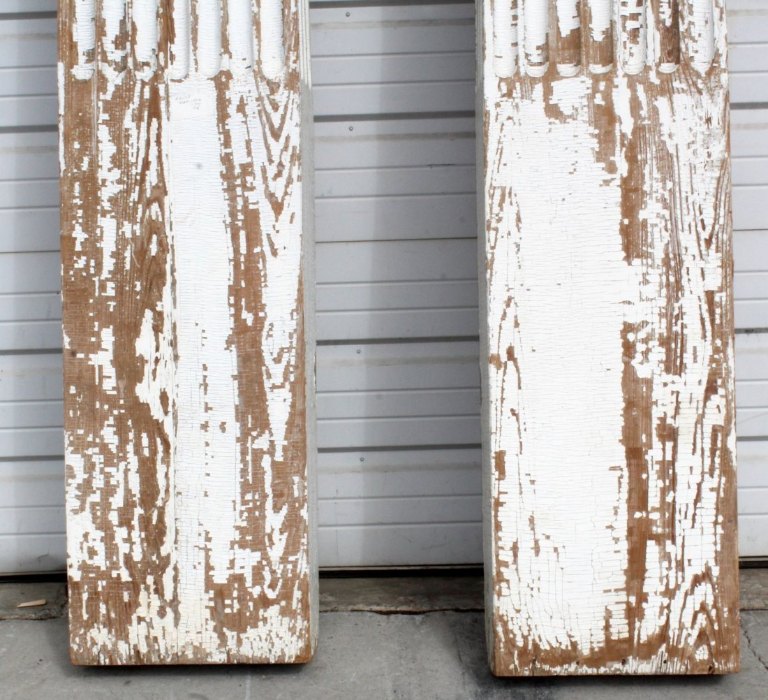 Pair of painted fluted pilasters - 5