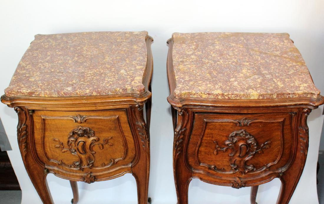Pair of French Louis XV chevets in walnut - 3