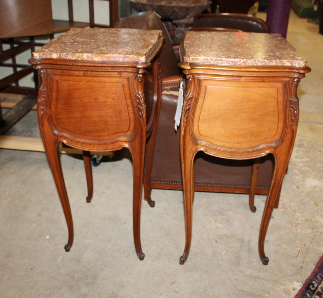 Pair of French Louis XV chevets in walnut - 8