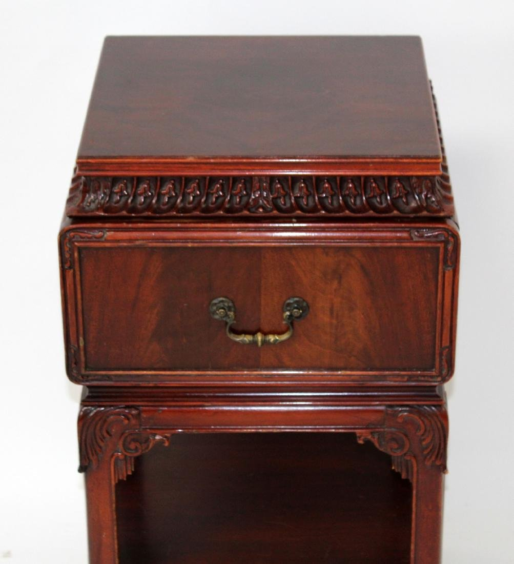 Chinese Chippendale nightstand in mahogany - 3