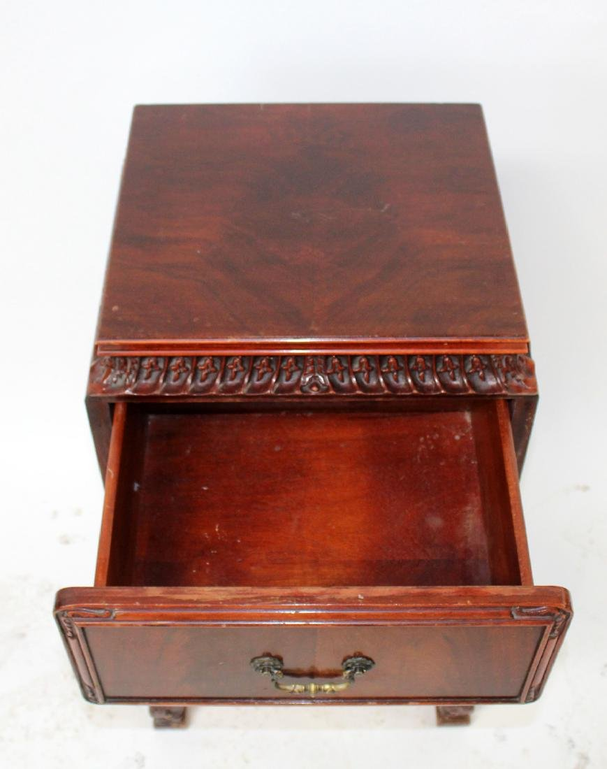 Chinese Chippendale nightstand in mahogany - 4