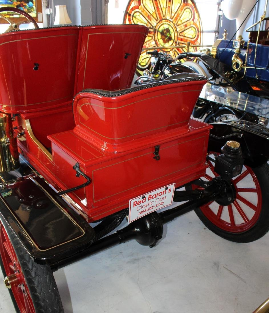 1914 Ford model T roadster in red - 6