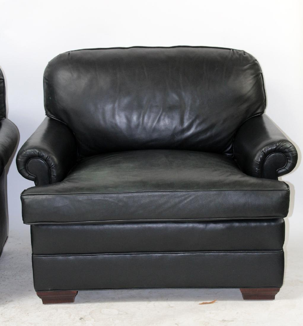 Pair of oversize leather club chairs - 3
