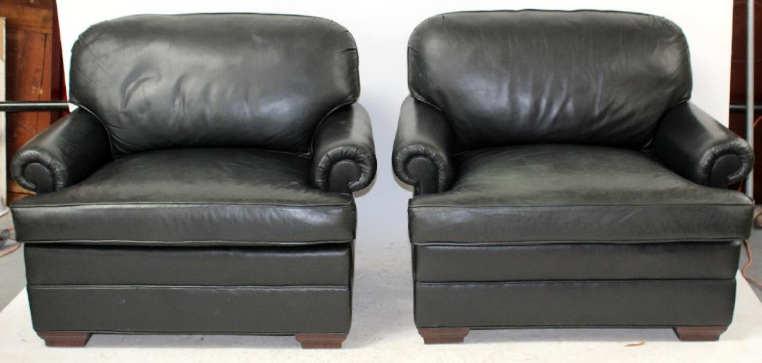 Pair of oversize leather club chairs - 5