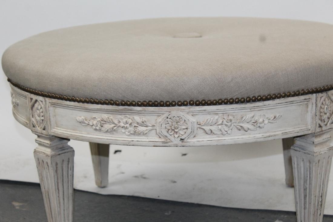Round upholstered ottoman on legs - 3