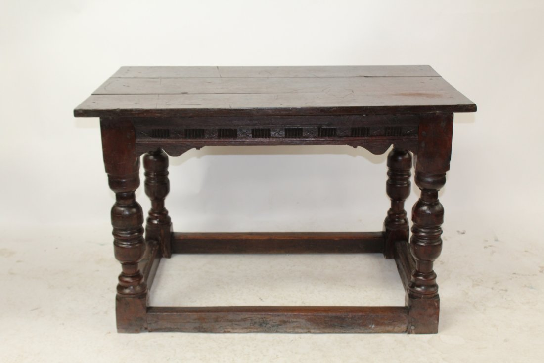 English Tudor style oak table - 2