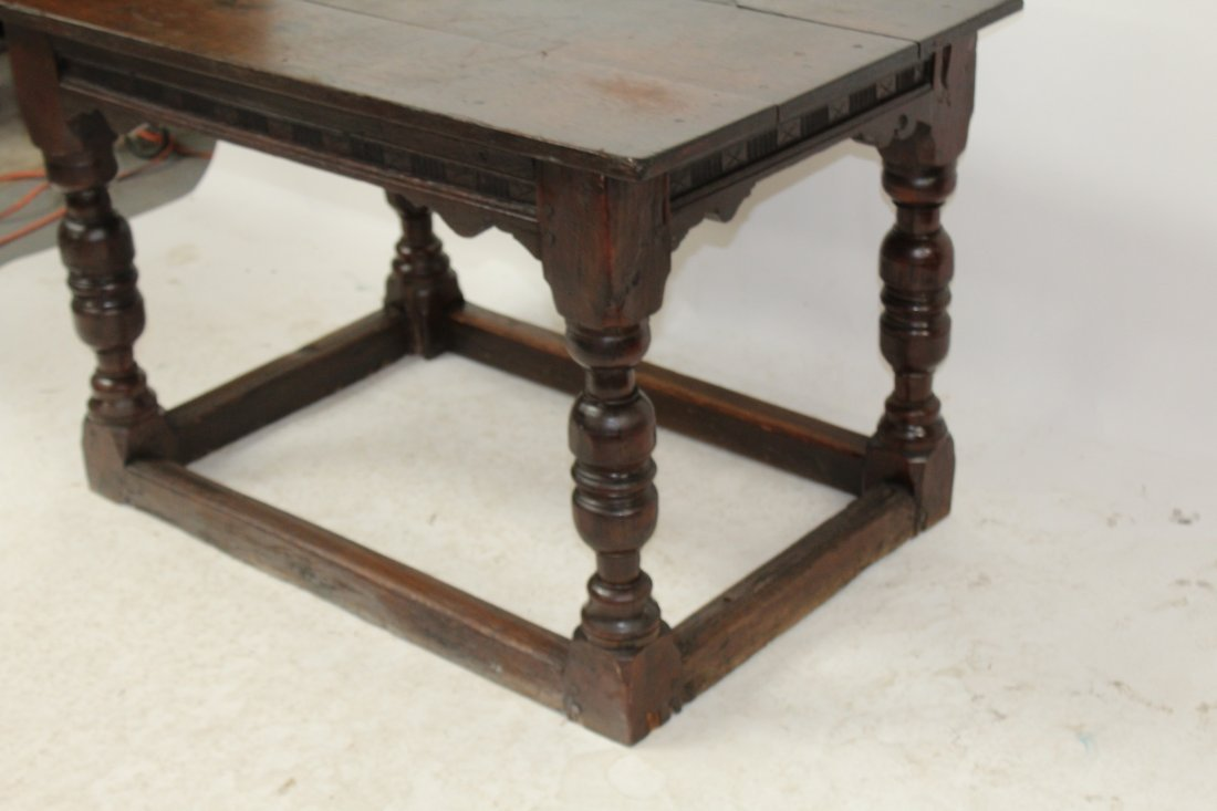 English Tudor style oak table - 4
