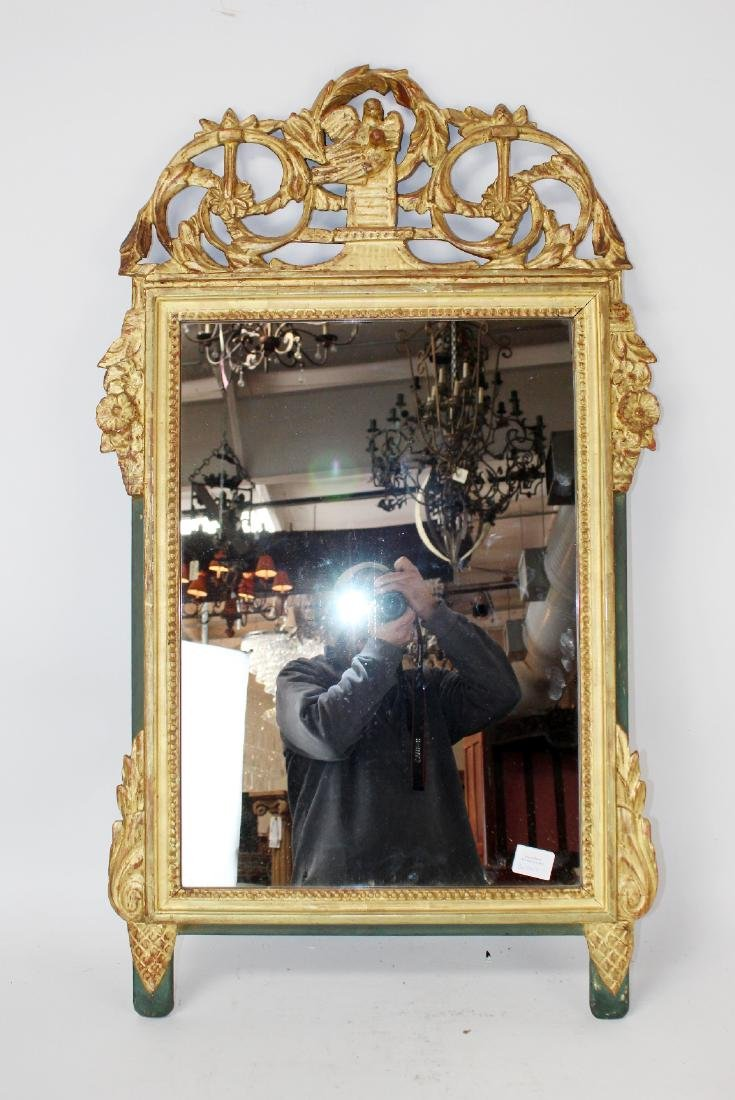 Italian carved giltwood mirror with birds