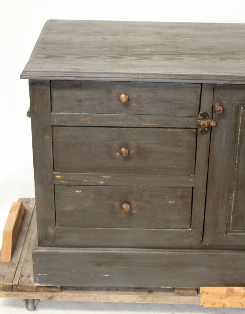 French painted kitchen island/store counter - 7