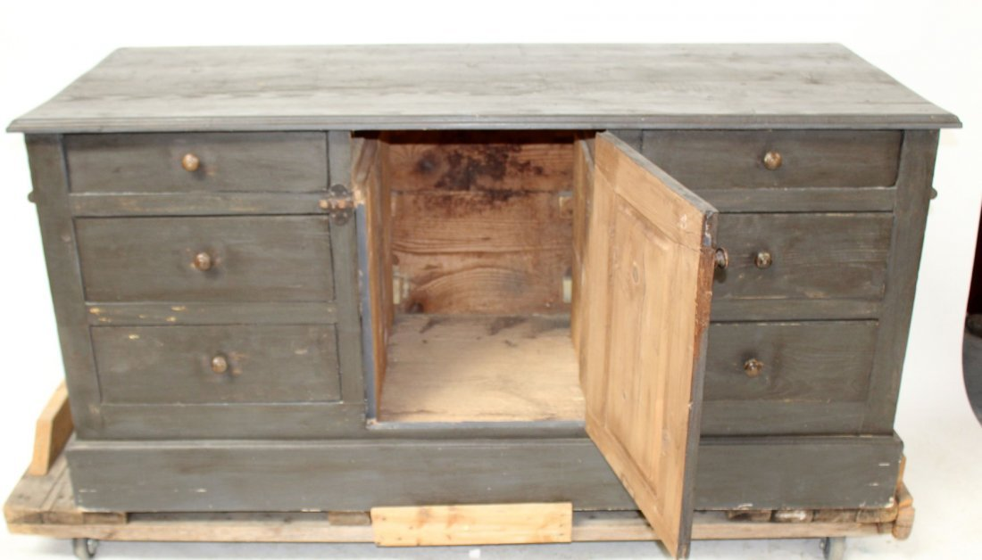 French painted kitchen island/store counter - 9