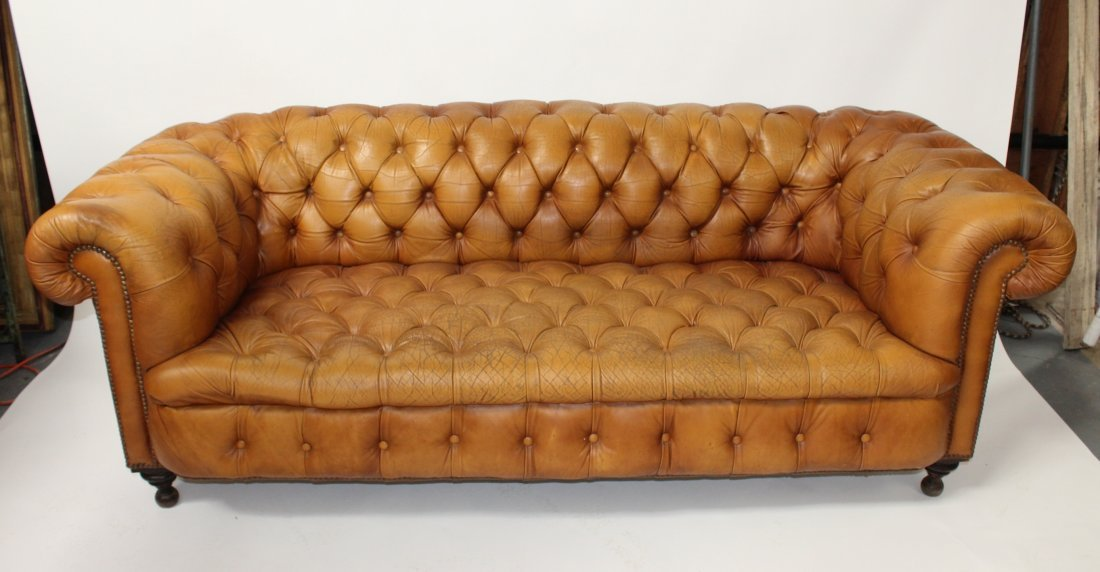 Chesterfield sofa in tufted cognac leather