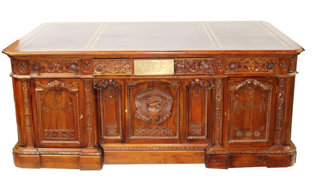 Replica of Presidential Resolute desk
