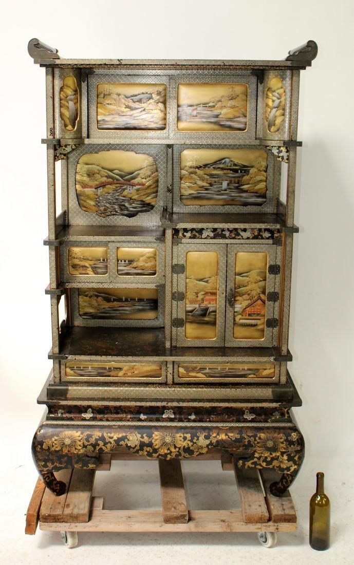 Japanese Meiji Shizuoka lacquerware cabinet