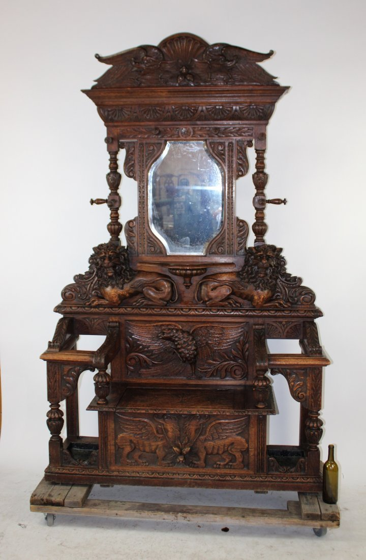 French 19th c carved oak hallbench with lions & eagle