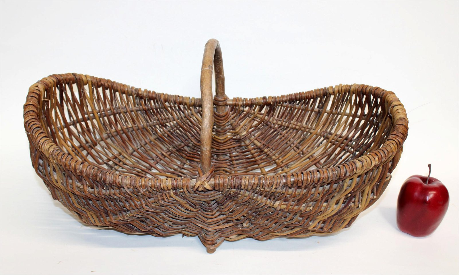 French wicker basket with handle