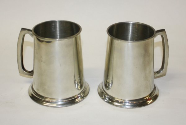 1: Lot of 2 English pewter tankards stamped on bottom