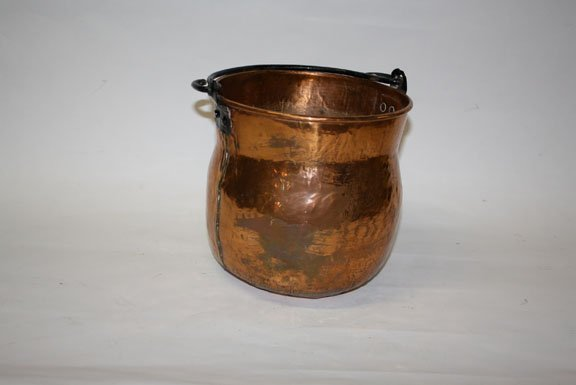 7: vintage French copper pot