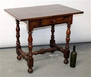 French Louis XIII bureau plat desk in walnut