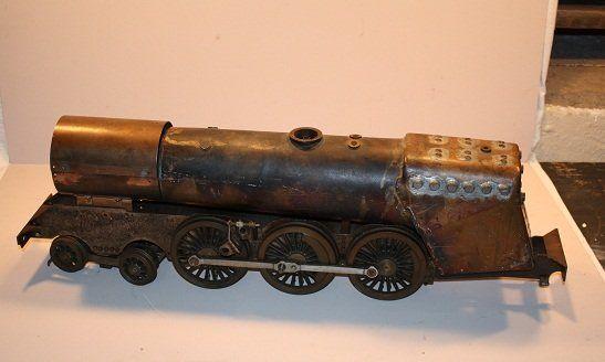 129: Locomotive steam engine, bronze English scale mode