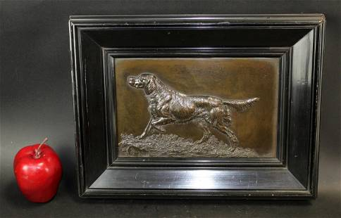 Oscar Pflug bronze hunting dog plaque