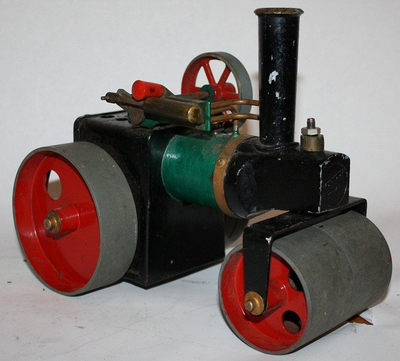 """7: Lot of 5 vintage steam toys :Mamod """"Steam Tractor""""  - 5"""