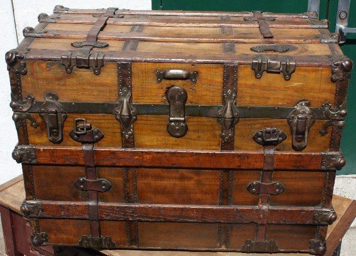11: Steamer trunk by Foote's Trunk & Bag Factory, Atlan