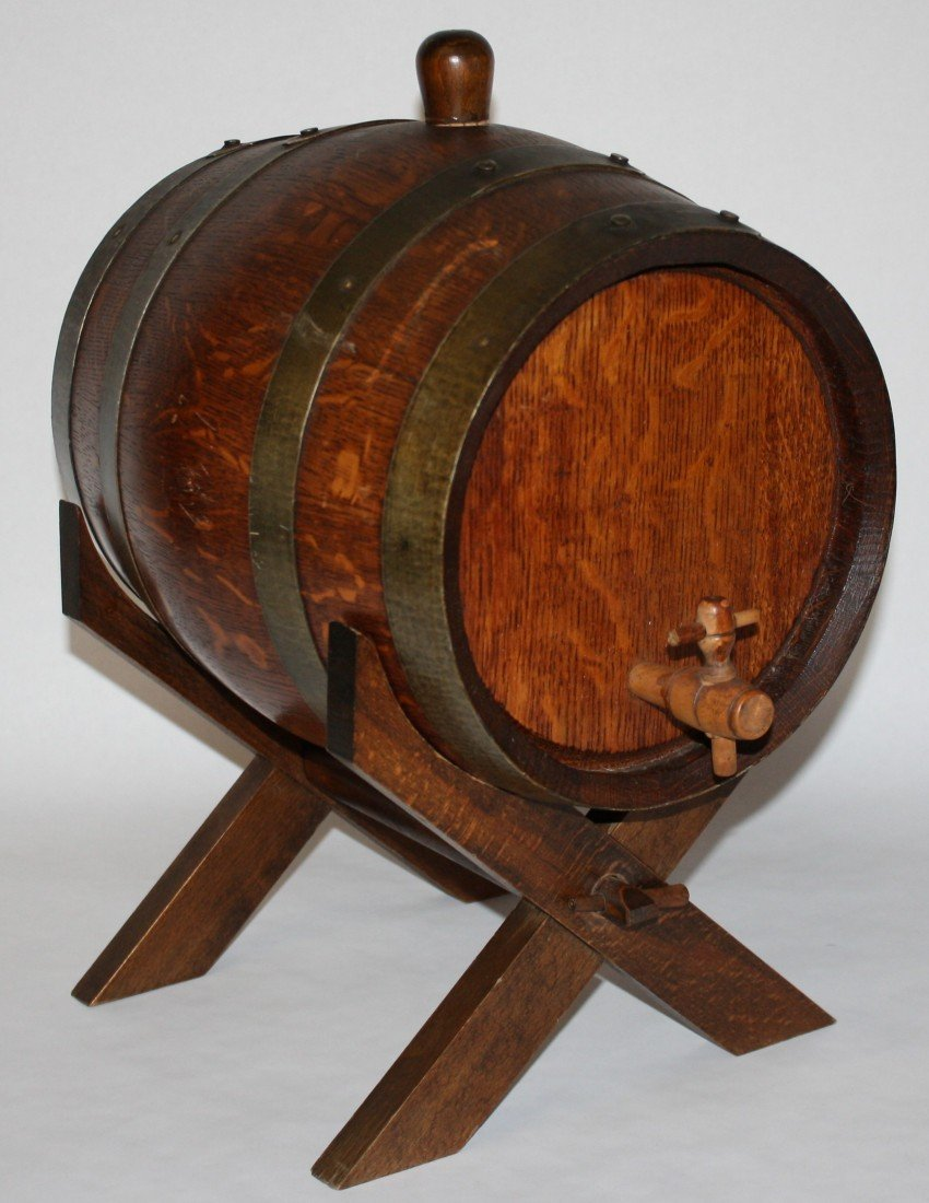 7: French mini barrel on stand