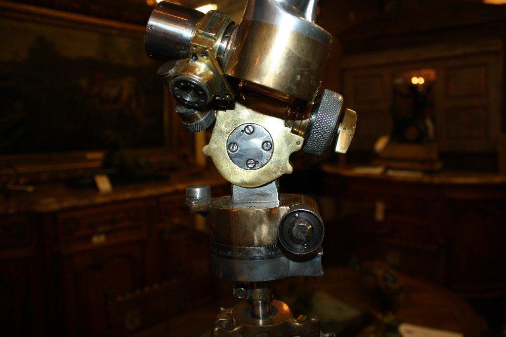 111: Rare French WWII era periscope on wooden tripod - 10