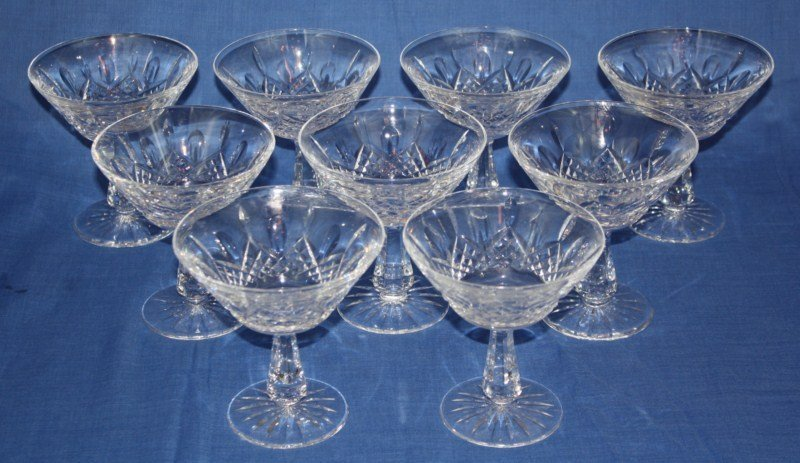 11: Set of 9 cut crystal sherbet glasses