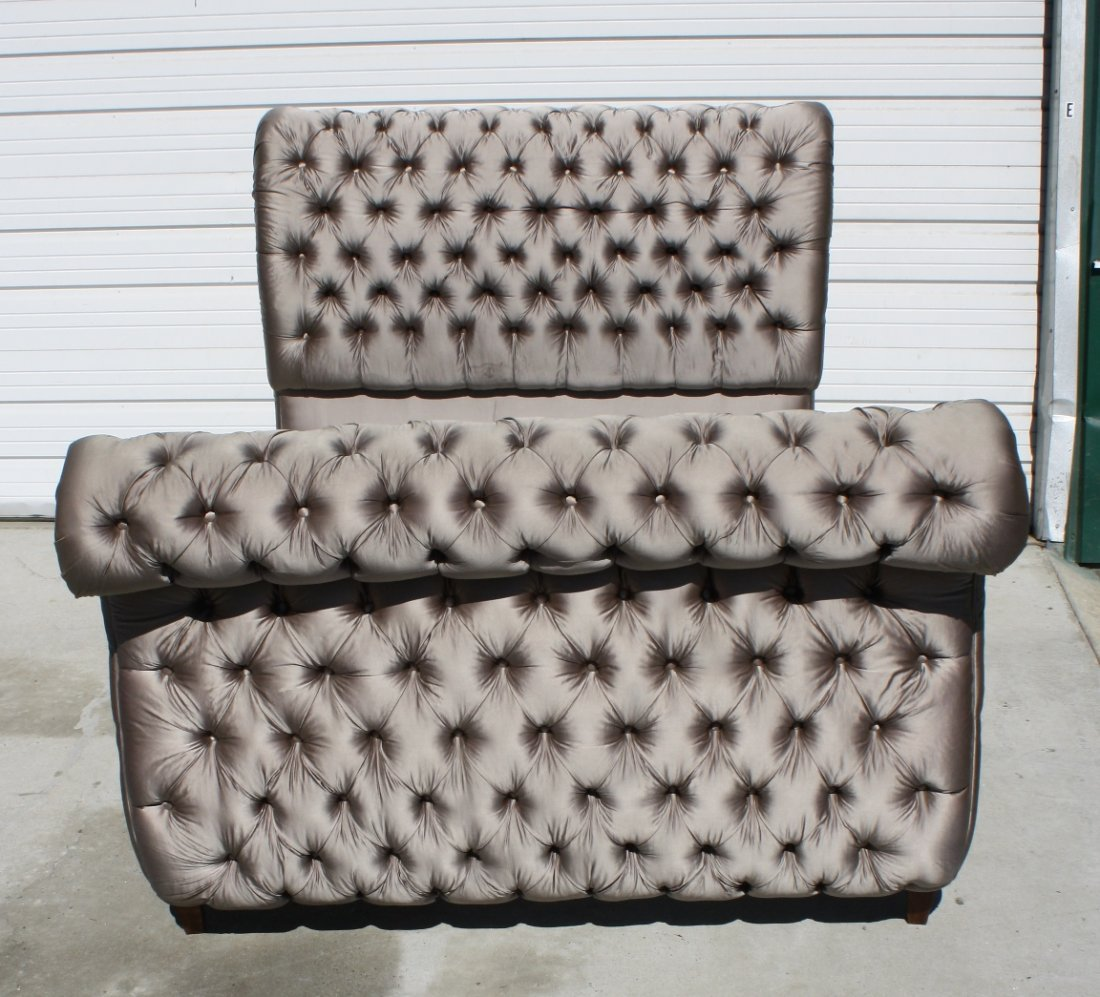 37: Queen size tufted silk upholstered sleigh bed - 2