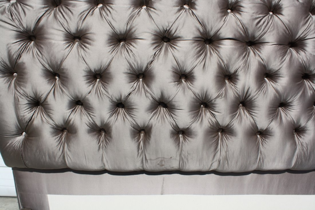 37: Queen size tufted silk upholstered sleigh bed - 4