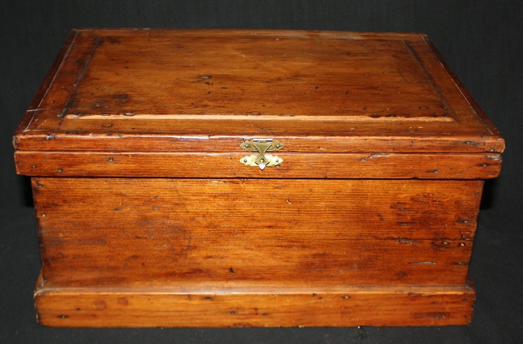 Early 20th c. wooden box