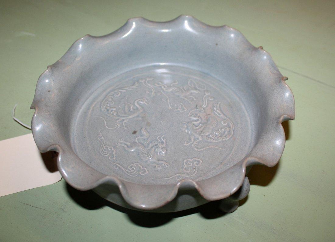 Chinese glazed celadon ruffle edge footed bowl