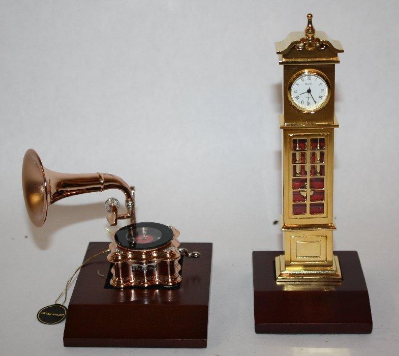 Lot of 2 Bulova miniature brass figurines: tall clock &