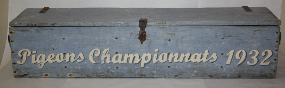 Vintage French painted pigeon box