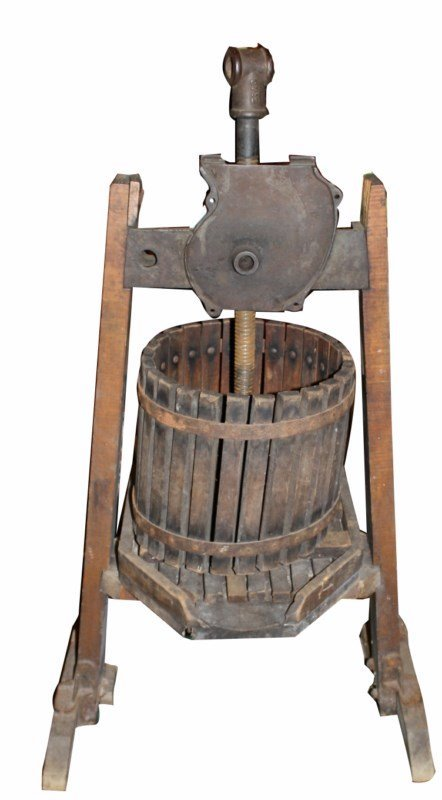 French tabletop wine press