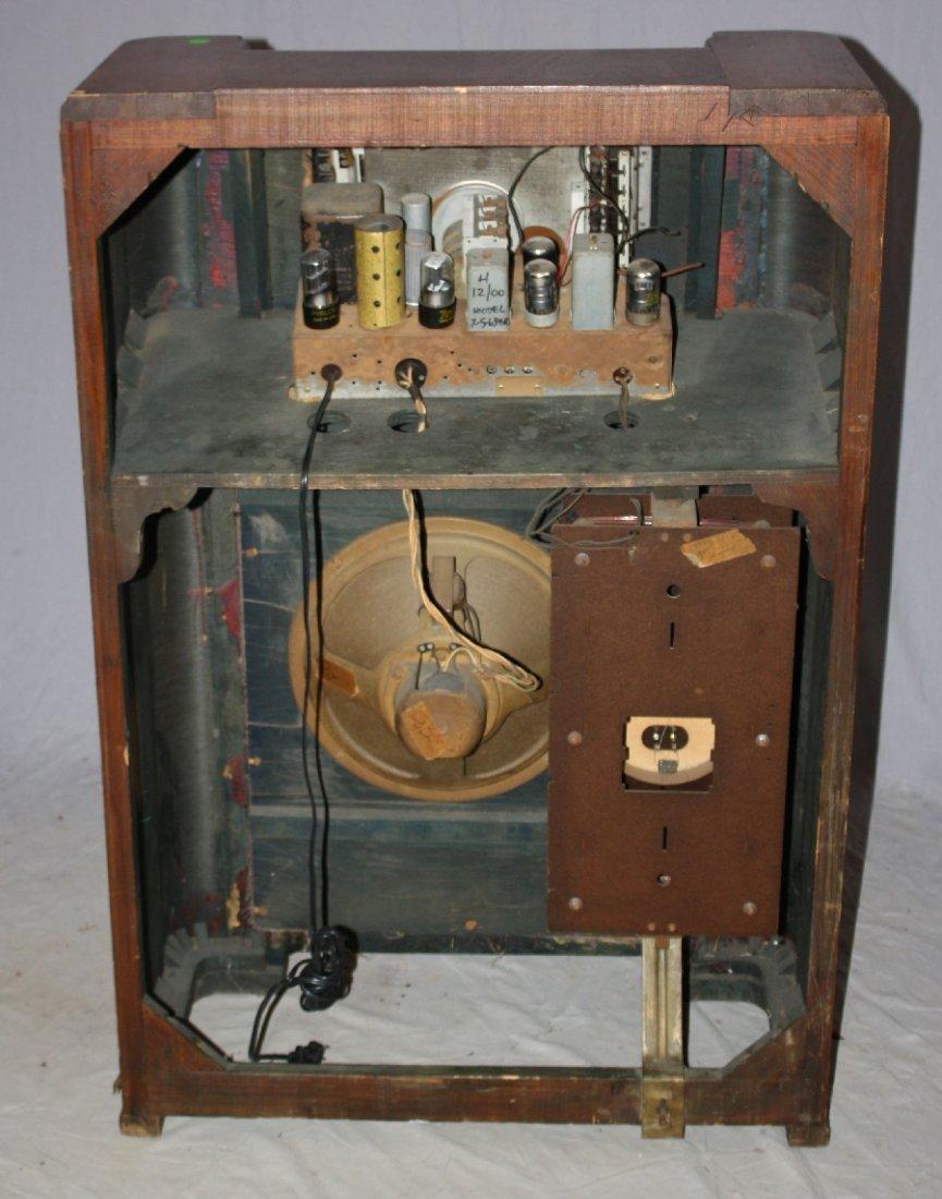 1930's Zenith radio in Art Deco cabinet - 4