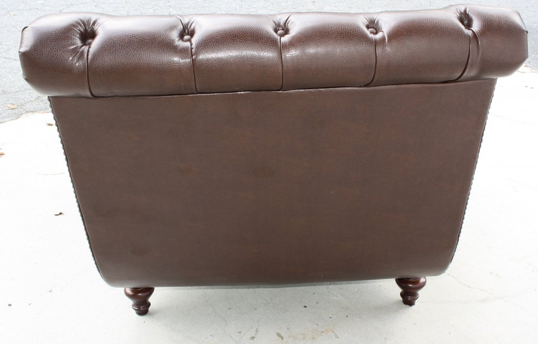 Tufted and studded leather double chaise lounge - 5
