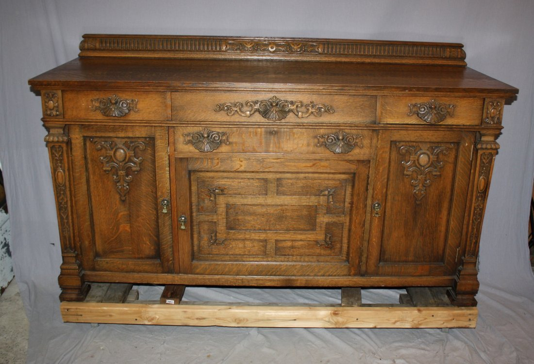 Henry Fuldner & Sons New York quarter sawn oak buffet