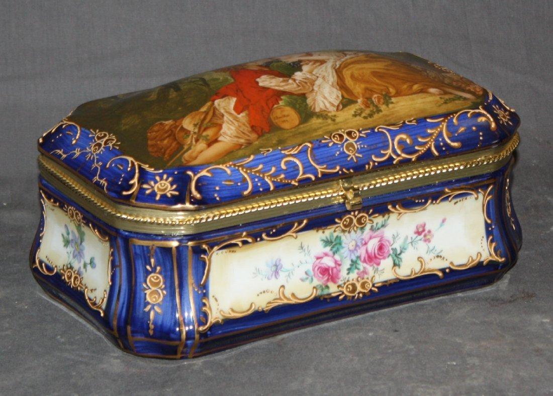 Painted porcelain Sevres trinket box