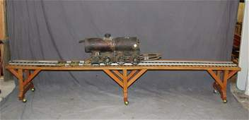 English bronze train locomotive on 8 track
