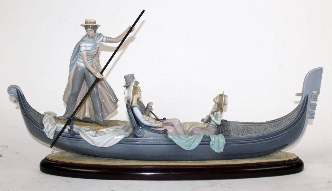 """Lladro porcelain grouping """"In the Gondola"""""""